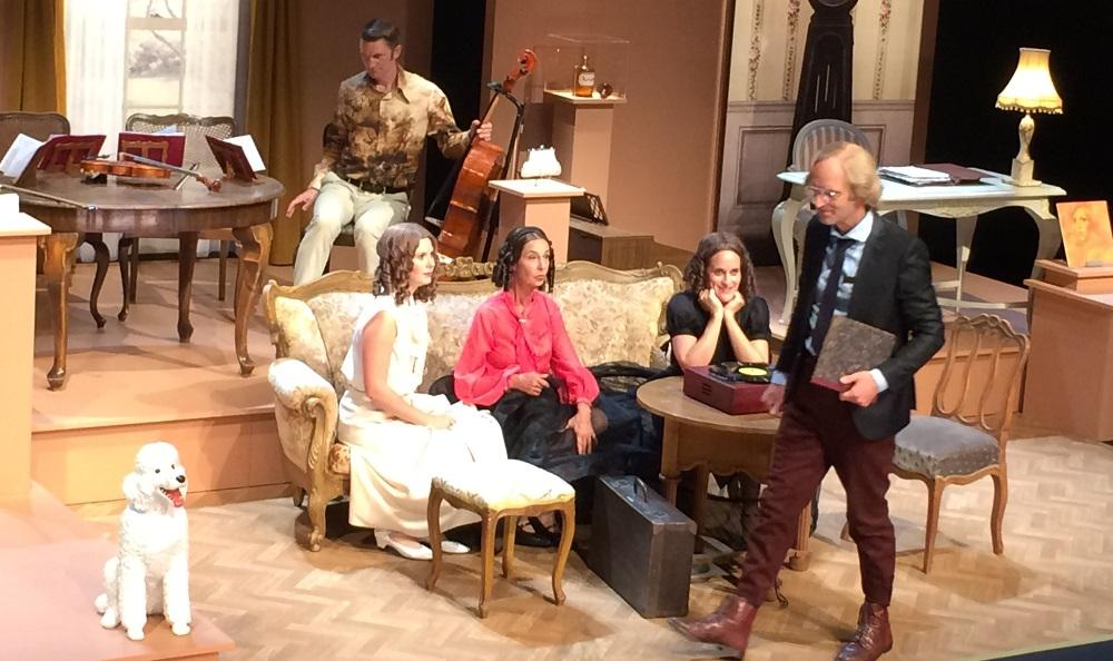 theaterbesuch-bild-1